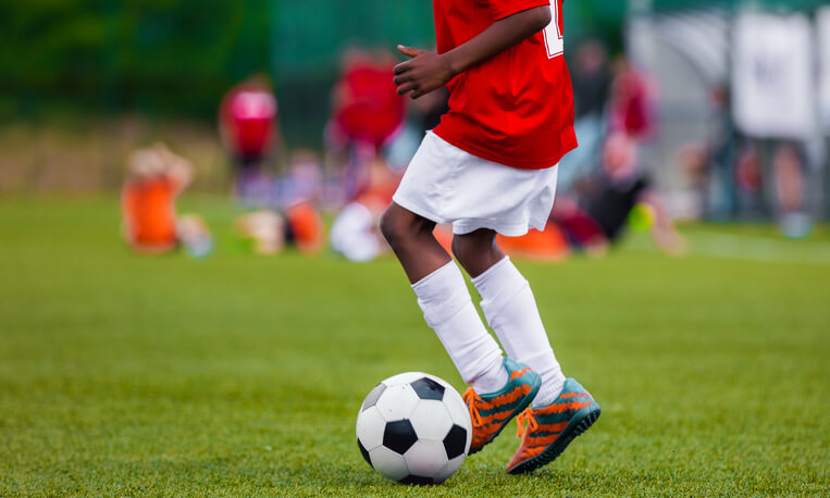 Should Kids Wear Eye Protection When Playing Sports